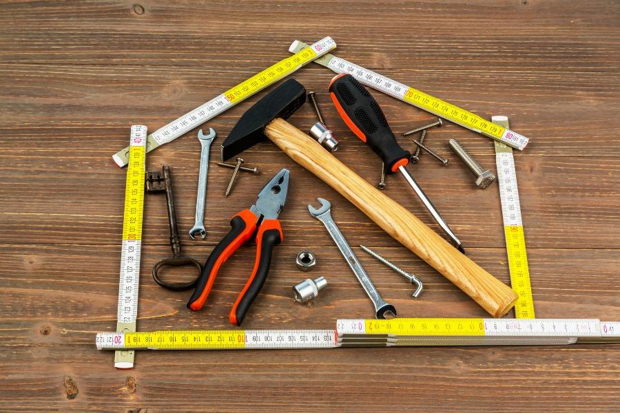conseil tout savoir sur les outils de bricolage sur. Black Bedroom Furniture Sets. Home Design Ideas