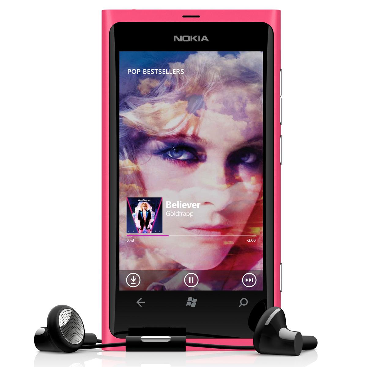"Mobile & smartphone Nokia Lumia 800 Magenta Smartphone 3G+ avec écran tactile intégral 3.7"" sous Windows Phone 7.5"