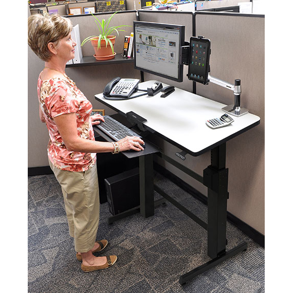 Ergotron workfit d bureau assis debout meuble ordinateur ergotron sur ldlc - Jeux de travail dans un bureau ...