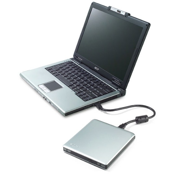 "PC portable Acer TravelMate 3043WTMi_CS1012 Acer TravelMate 3043WTMi_CS1012 - Intel Core 2 Duo T5500 1 Go 120 Go 12.1"" TFT Graveur DVD Super Multi externe Wi-Fi G/Bluetooth Webcam WXPP"