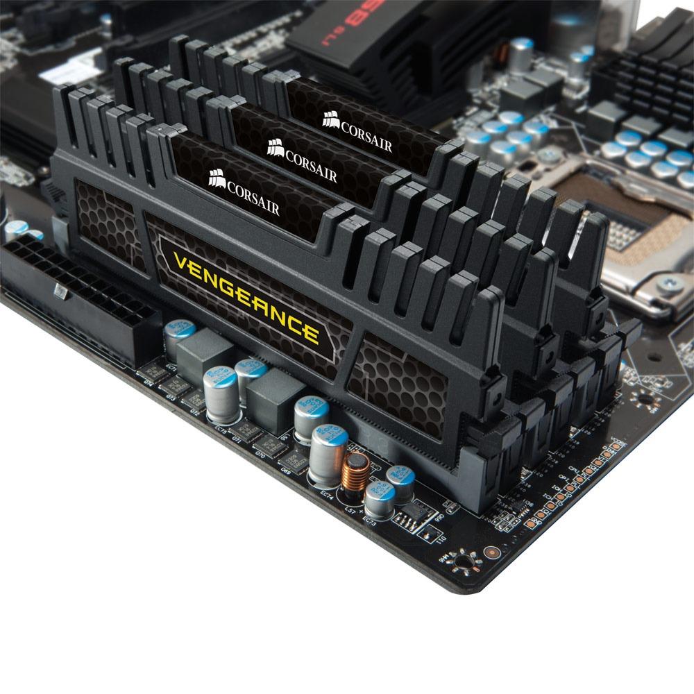 Mémoire PC Corsair Vengeance Series 6 Go (3x 2 Go) DDR3 1600 MHz CL9 Kit Triple Channel RAM DDR3 PC12800 - CMZ6GX3M3A1600C9 (garantie 10 ans par Corsair)