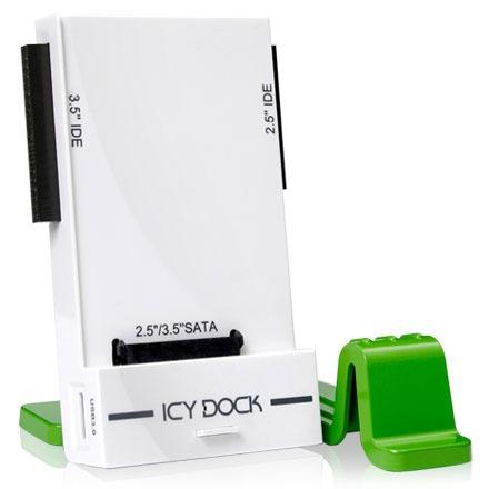 """Accessoires disque dur ICY DOCK MB881U3-1SA ICY DOCK MB881U3-1SA - Station d'accueil mobile pour disques durs IDE/SATA 2""""1/2 et 3""""1/2 sur port USB 3.0"""