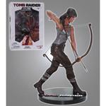 Play Arts Figurine Tomb Raider - Lara Croft - Figurine résine PVC 23 cm
