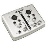 Interface audio USB 24 bits avec 2 entrées 2 sorties MIDI & USB