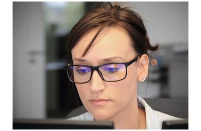 be2cc249246df5 Les lunettes LDLC PROTECT-L1 (ou L-2 en fonction du modèle) anti lumière  bleue avec leur traitement spécial peuvent soulager efficacement la fatigue  ...