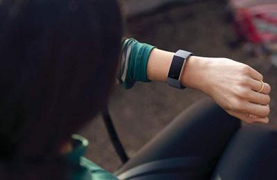 fitbit charge 3 or rose bleu ardoise bracelet connect fitbit sur. Black Bedroom Furniture Sets. Home Design Ideas