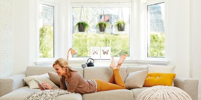 elho lot de 3 cache pots suspendre brussels 18 cm blanc. Black Bedroom Furniture Sets. Home Design Ideas