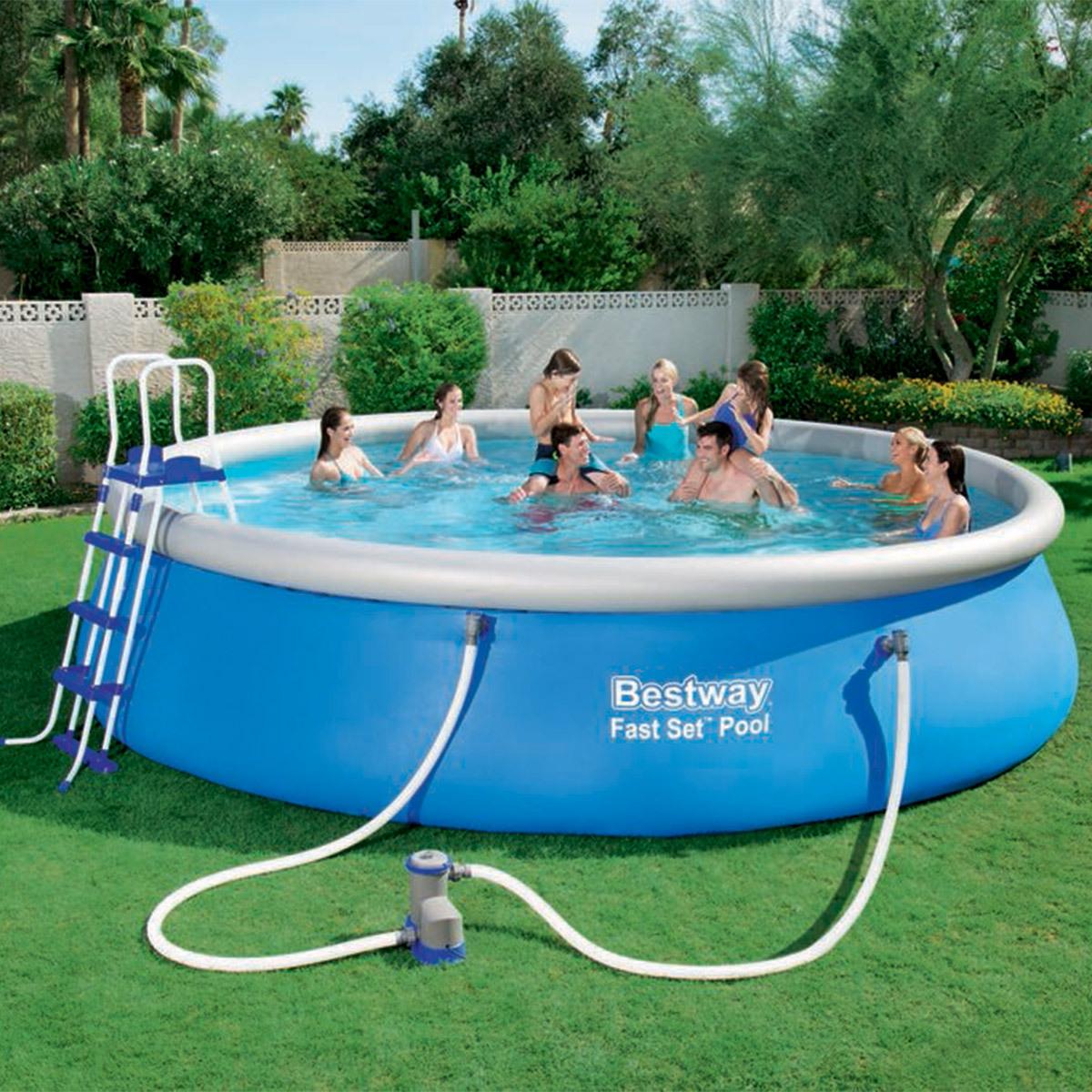 Guide choisir sa piscine hors sol les piscines en bois for Choisir piscine