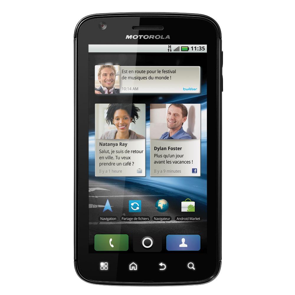 """Mobile & smartphone Motorola Atrix Smartphone 3G+ avec écran tactile 4"""" sous Android"""
