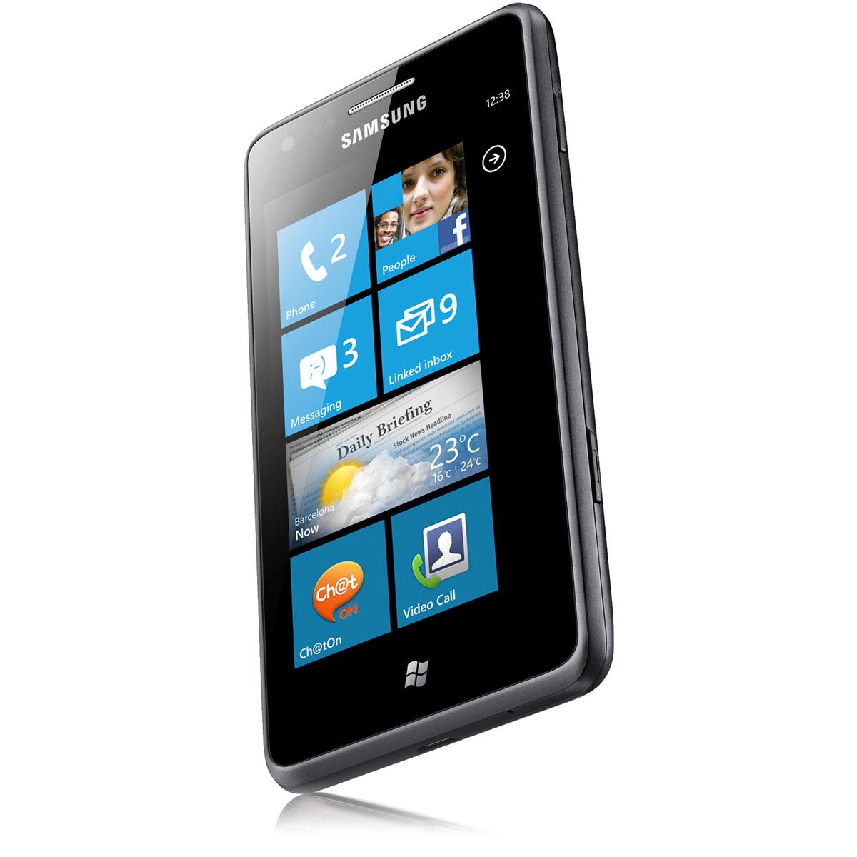 "Mobile & smartphone Samsung Omnia M GT-S7530 Smartphone 3G+ avec écran tactile Super AMOLED 4"" sous Windows Phone 7.5"