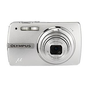 Appareil photo numérique Olympus mju 820 (µ820 coloris argent) Olympus mju 820 (µ820 coloris argent)