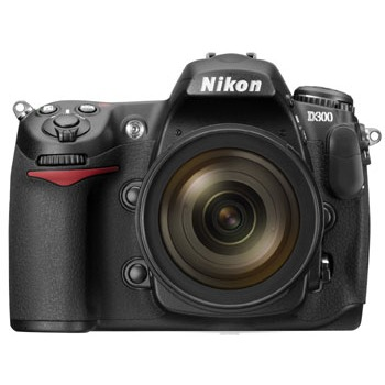 Appareil photo Reflex Nikon D300 + Objectif AF-S DX VR NIKKOR 18-200 mm f/3.5-5.6G IF-ED Nikon D300 + Objectif AF-S DX VR NIKKOR 18-200 mm f/3.5-5.6G IF-ED
