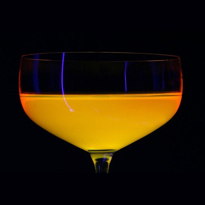 tfc feser one f1 liquide de refroidissement uv orange 1 litre watercooling the feser. Black Bedroom Furniture Sets. Home Design Ideas