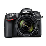Nikon D7200 + Objectif VR 18-140 mm