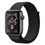 Apple Watch Series 4 GPS Aluminium Gris Sidéral Boucle Sport Noir 40 mm