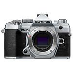 Olympus E-M5 Mark III Plata