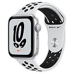 Apple Watch Nike SE GPS Silver Aluminium Bracelet Sport Platine Pur/Noir 44 mm