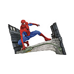 Marvel Comic Gallery - Statuette Spider-Man Webbing 18 cm