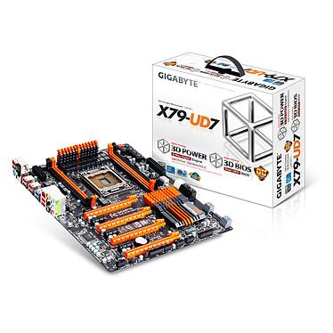Gigabyte GA-X79-UD7 Carte mère XL-ATX Socket 2011 Intel X79 Express - SATA 6Gb/s - USB 3.0 - 4x PCI-Express 3.0 16x