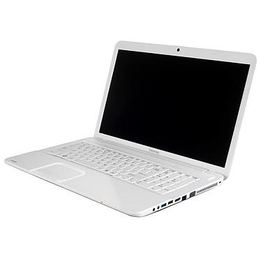 "Toshiba Satellite C870-12P Intel Pentium B950 4 Go 500 Go 17.3"" LED AMD Radeon HD 7610M Graveur DVD Wi-Fi N Webcam Windows 7 Premium 64 bits"