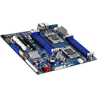 Gigabyte GA-7PCSLX Carte mère SSI CEB 2x Socket 1356 Intel C602 - SAS 3Gb/s -  SATA 6Gb/s - 2x PCI Express 3.0 16x - 2x Gigabit LAN