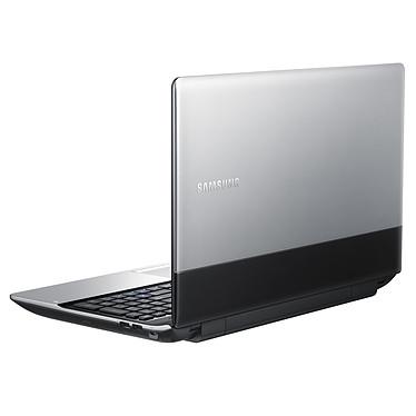 Avis Samsung Série 3 300E5C-T01FR