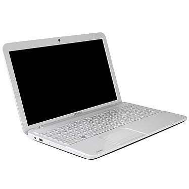 "Toshiba Satellite C855-20M Intel Core i3-2370M 4 Go 640 Go 15.6"" LED Graveur DVD Wi-Fi N/Bluetooth Webcam Windows 8 64 bits"