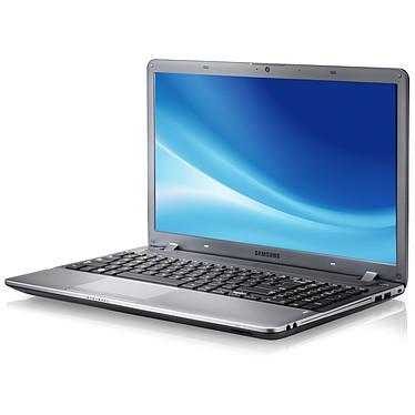 "Samsung Série 3 350V5C-S06FR Intel Core i3-3110M 6 Go 750 Go 15.6"" LED AMD Radeon HD 7670M Graveur DVD Wi-Fi N/Bluetooth Webcam Windows 8 64 bits"