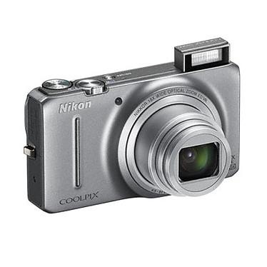 Nikon Coolpix S9200 Argent  + Etui + Nikon SD 4 Go pas cher