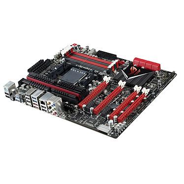 ASUS Crosshair V Formula Z Carte mère ATX Socket AM3+ AMD 990FX - SATA 6 Gbps - USB 3.0 - 4x PCI-Express 2.0 16x