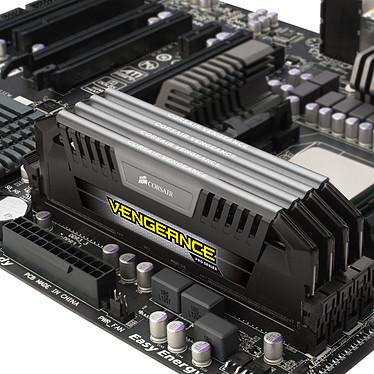 Corsair Vengeance Pro Series 32 Go (4 x 8 Go) DDR3L 1866 MHz CL10 Silver pas cher