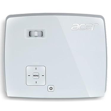Avis Acer K135