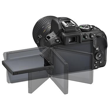 Nikon D5300 + AF-S DX NIKKOR 18-55mm VR II pas cher