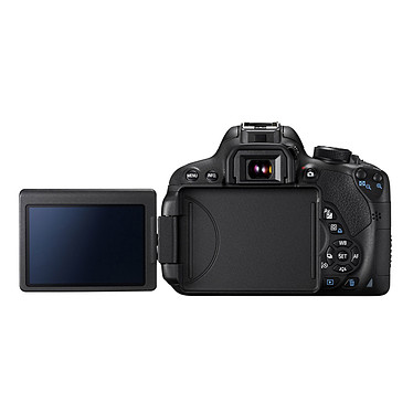 Avis Canon EOS 700D + Tamron AF 18-200mm F/3,5-6,3 XR Di II LD ASL [IF] MACRO