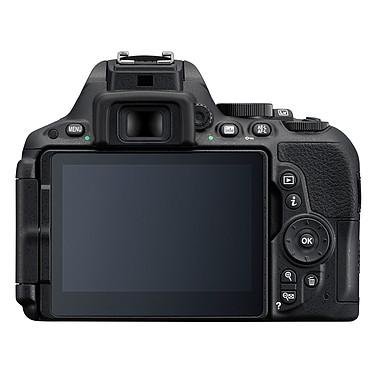Avis Nikon D5500