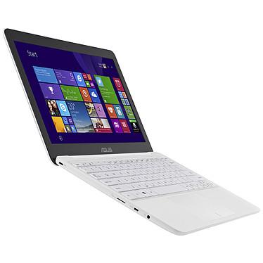 Acheter ASUS EeeBook X205TA-BING-FD005BS Blanc