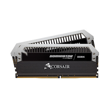 Corsair Dominator Platinum 16 Go (2x 8 Go) DDR4 2666 MHz CL15 Kit Dual Channel 2 barrettes de RAM DDR4 PC4-21300 - CMD16GX4M2A2666C15 (garantie à vie par Corsair)