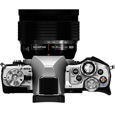 Acheter Olympus E-M5 MK II Argent + M.ZUIKO DIGITAL ED 12-50mm