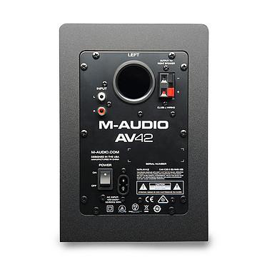 Acheter Audio-Technica AT-LP60BT Blanc + M-Audio AV 42