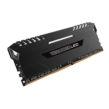 Avis Corsair Vengeance LED Series 32 Go (4x 8 Go) DDR4 2666 MHz CL16