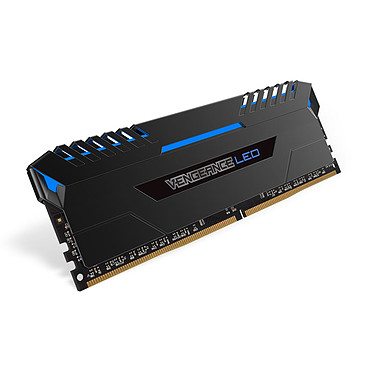 Avis Corsair Vengeance LED Series 32 Go (4x 8 Go) DDR4 3000 MHz CL16 - Bleu