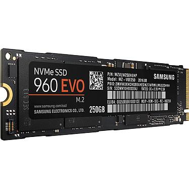 Avis Samsung SSD 960 EVO M.2 PCIe NVMe 250 Go