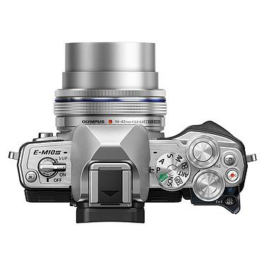 Acheter Olympus E-M10 MK III Argent + 14-42mm EZ Pancake + 40-150mm R