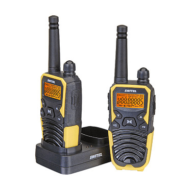 Switel WTF 5700 Lot de 2 talkies-walkies IPX2 avec écran lumineux - 8 canaux - Portée 10 km - Radio FM
