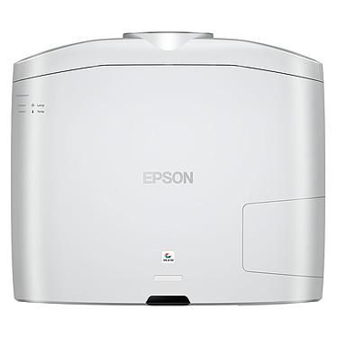 Avis Epson EH-TW9300W + Lumene Majestic Premium 240C
