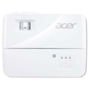 Acer V6810 pas cher