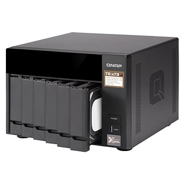 Acheter QNAP TS-673-4G