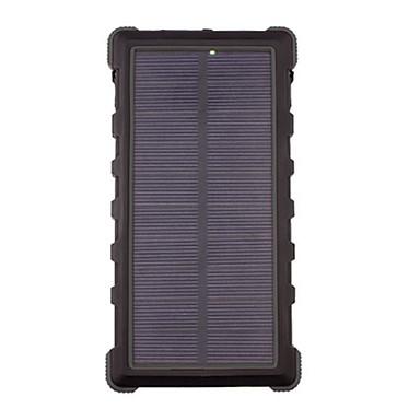 XtremeMac Solar Powerbank Batería externa impermeable de polímero de litio de 4000 mAh con 2 puertos USB y linterna.