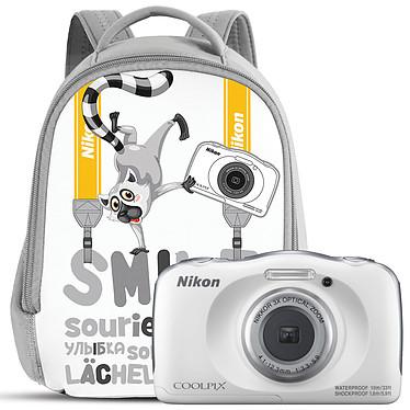 "Nikon Coolpix W100 Blanc + Sac à dos Appareil photo 13.2 MP - Zoom optique 3x - Vidéo Full HD - USB - Ecran ACL TFT 2.7"" - Wi-Fi/Bluetooth/NFC - Boîtier étanche + Sac à dos"