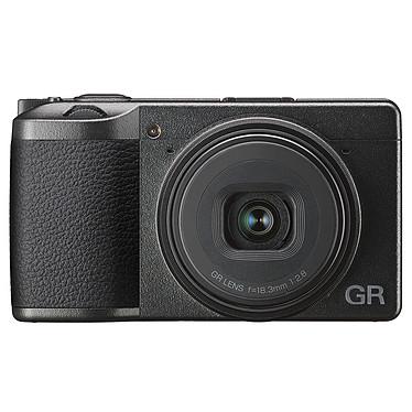 Ricoh GR III Appareil photo compact expert 24.24 MP - Capteur APS-C - Objectif GR 18,3 mm f/2.8 - Vidéo Full HD - Ecran LCD tactile - Wi-Fi/Bluetooth - USB-C